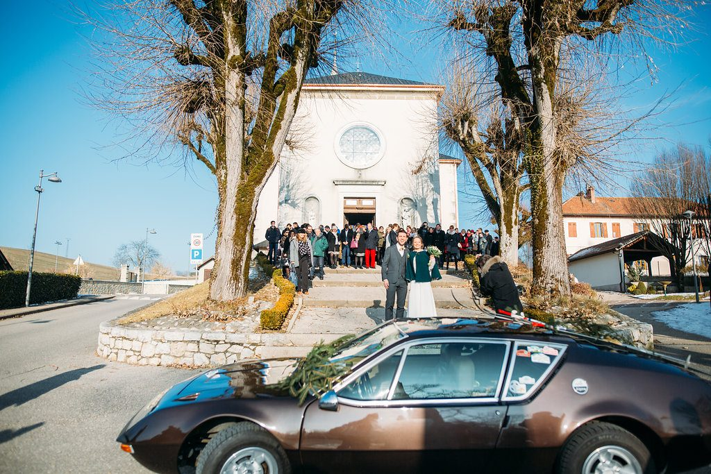 La cérémonie à l'église de notre mariage montagnard // Photo : Margaux Vié Studiohuit