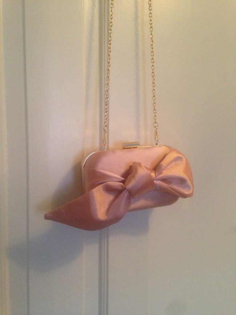Petit sac vintage rose pour mariage