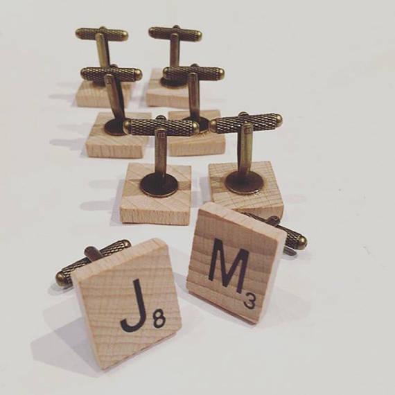 Ma wishlist Etsy : du bleu et du made in France - Boutons de manchette bois - Lettre du Scrabble