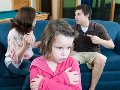Comment gérer des parents divorcés quand on organise son mariage