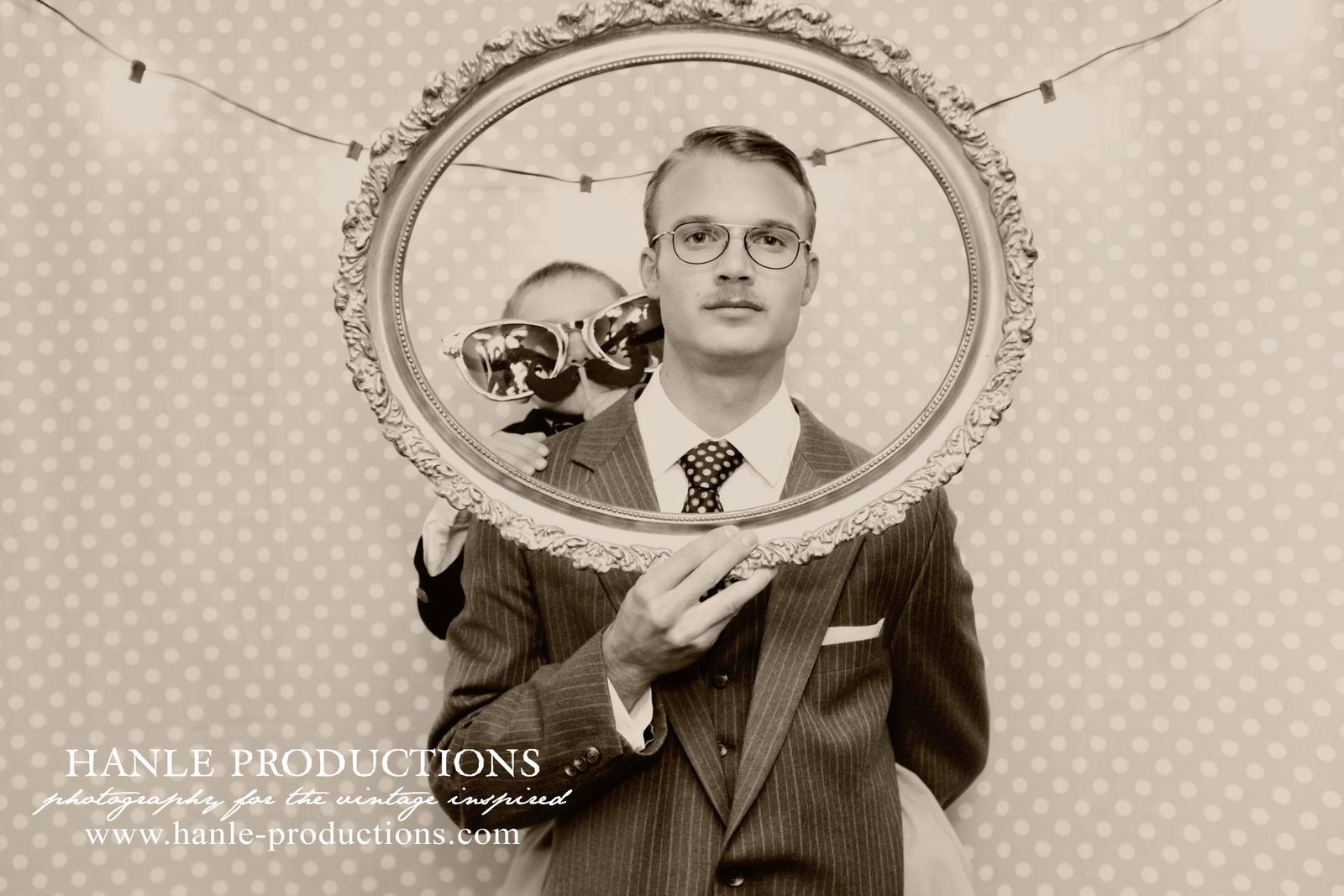un fond pois blanc et turquoise pour ton photobooth de mariage mademoiselle dentelle. Black Bedroom Furniture Sets. Home Design Ideas