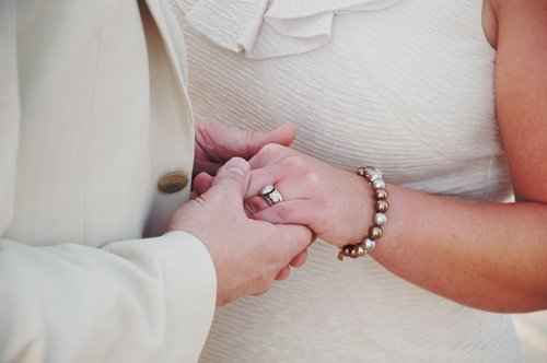 Je me marie une 2ème fois : pas facile de gérer la honte de ma famille