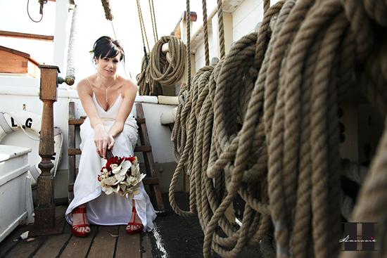 photo mariée sur un voilier