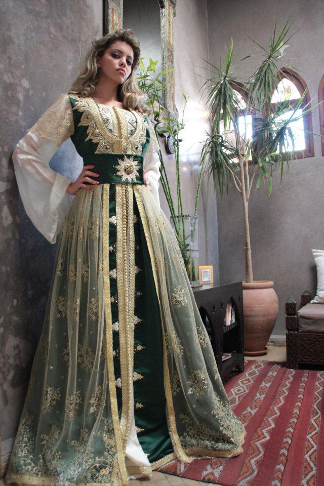robe traditionnelle cérémonie henné mariage oriental lampas