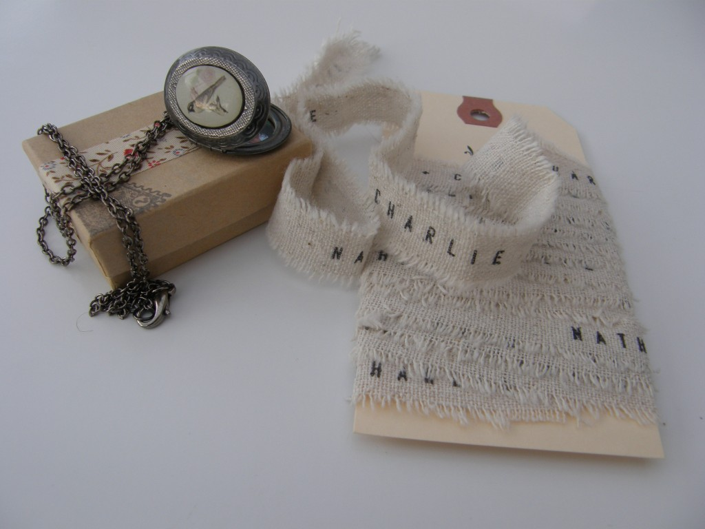 ruban et pendentif bouquet de mariée