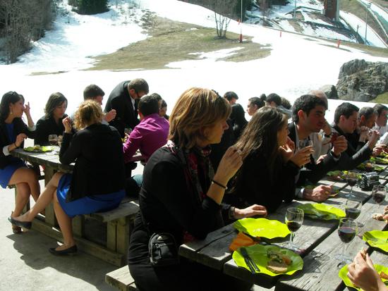 dejeuner mariage dans la neige