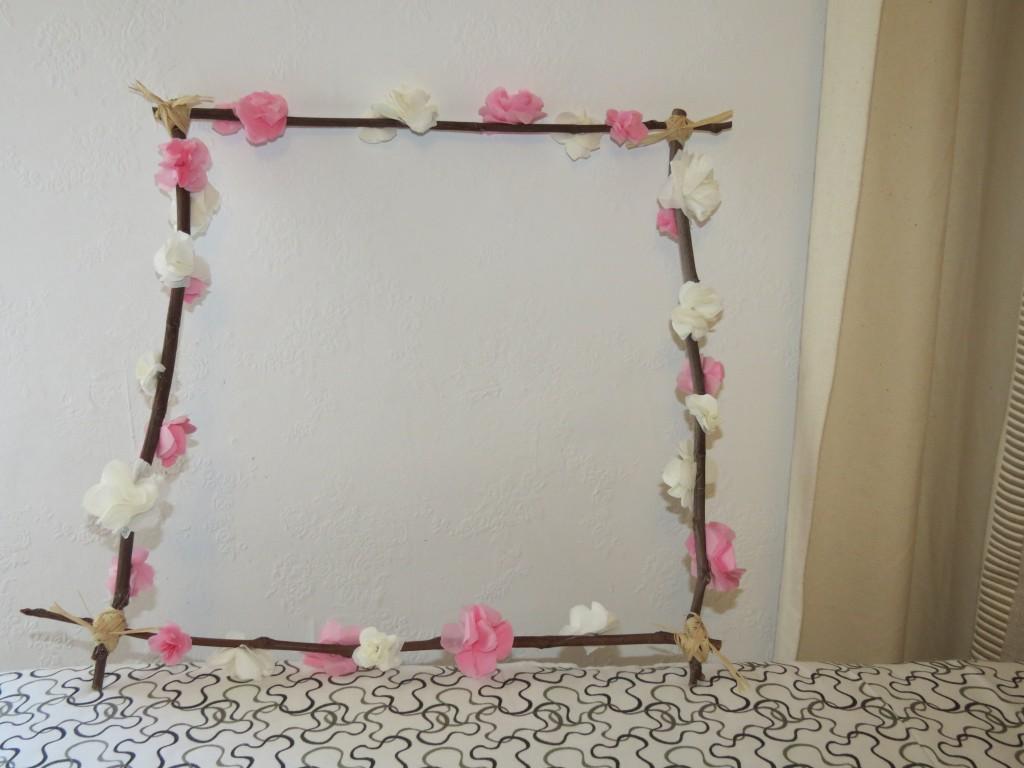 branches fleuries DIY déco mariage suspendre au plafond