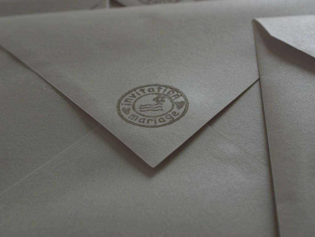 faire-parts mariage tampon enveloppe