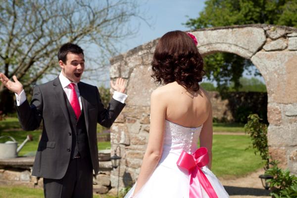 Mariage rose et blanc premier regard