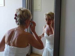 mariage rouge et blanc maquillage