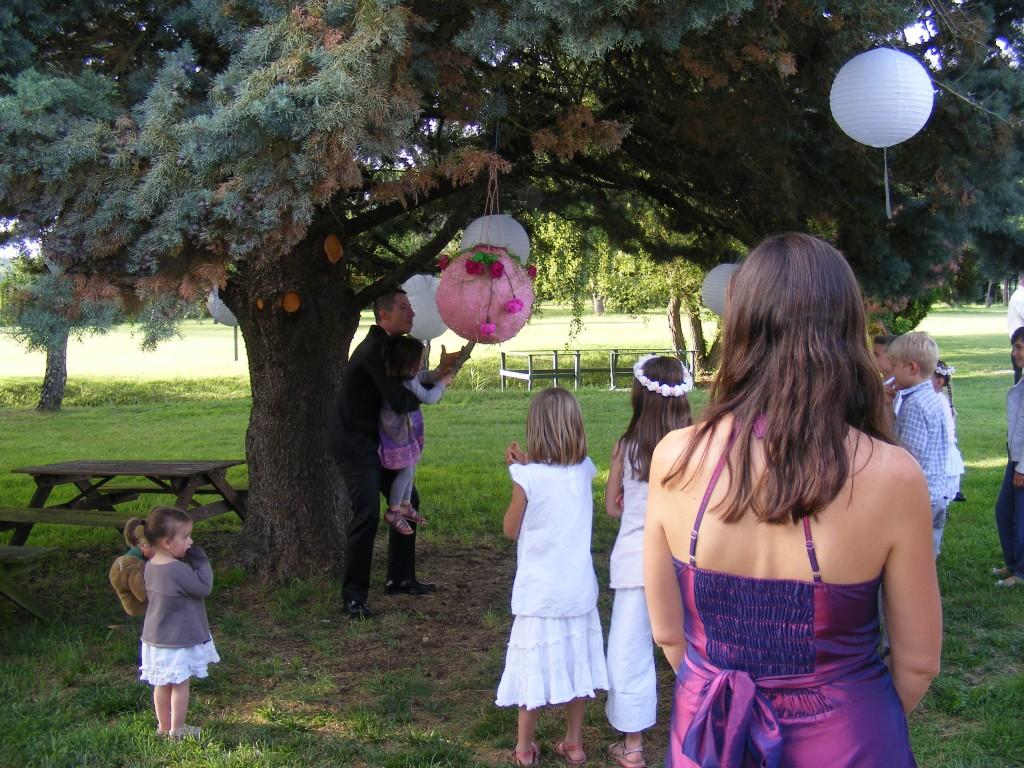 Mariage participatif jeu pour enfants pinata