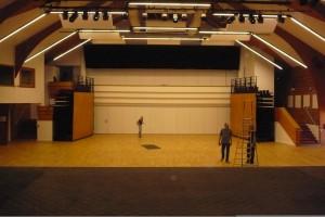 comment décorer salle de mariage grande hauteur de plafond