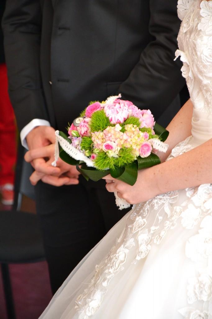 Mariage champêtre chic, cérémonie personnalisée à la mairie