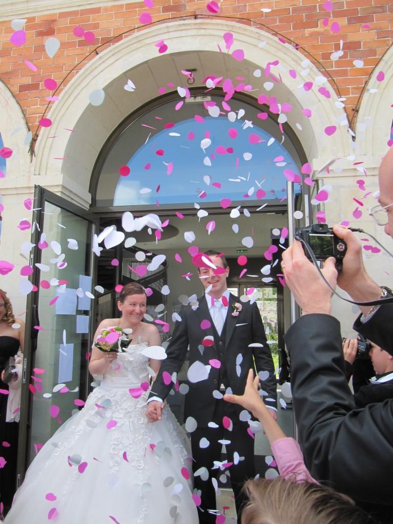 mariage champêtre chic sortie des mariés