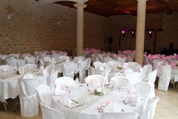 mariage rose blanc déco salle
