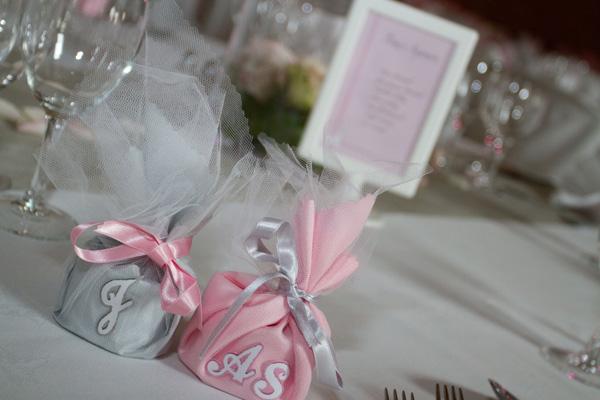 mariage rose et blanc cadeau invité