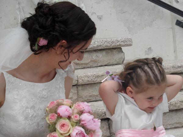 mariage rose et blanc mariée