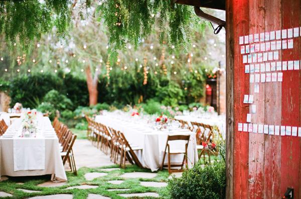 mariage champêtre sous les arbres