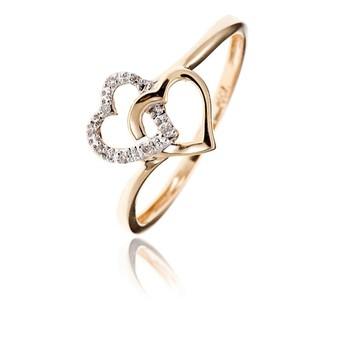Ma bague de fiançailles n'est pas conventionnelle, mais je l'adooooore !