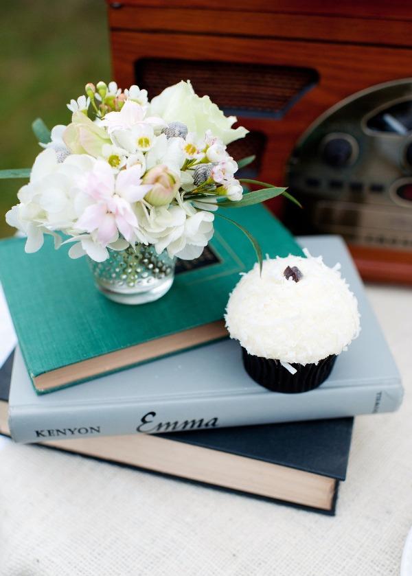 quand la phrase c 39 est pour un mariage fait grimper les prix des fleurs mademoiselle dentelle. Black Bedroom Furniture Sets. Home Design Ideas