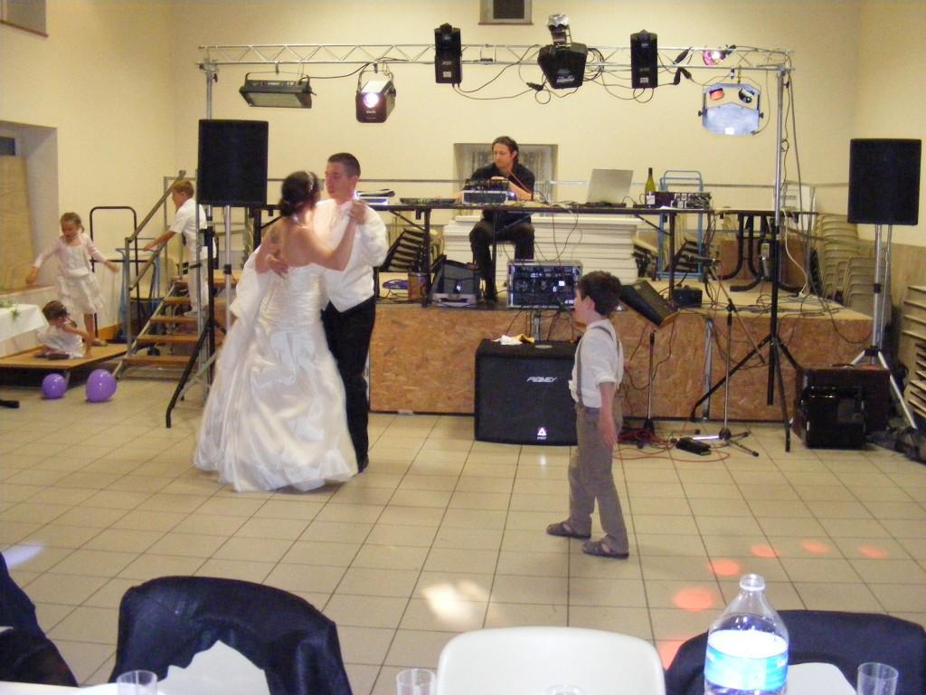 Mon mariage participatif, chute première danse