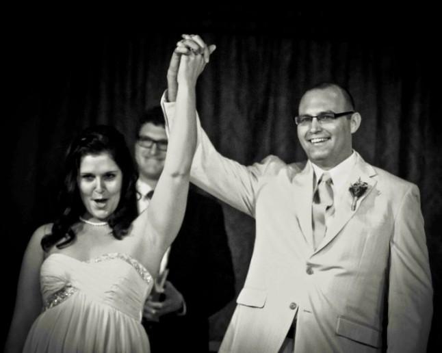 mariés victorieux