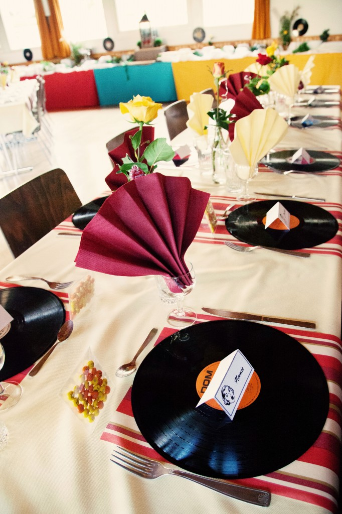 déco table mariage années 50