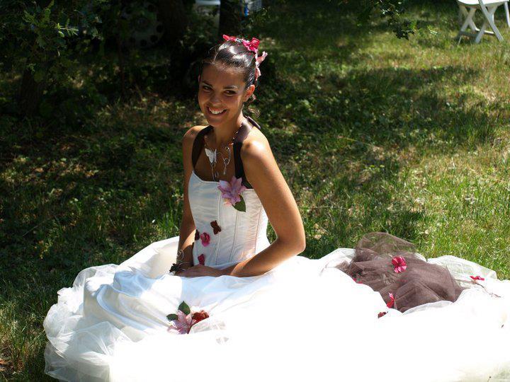robe de mariée à fleurs