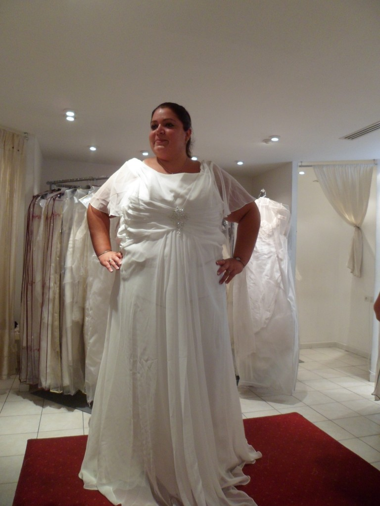 Mes essayages pour trouver ma robe de mari e grande taille for Robes de taille plus pas cher pour les mariages