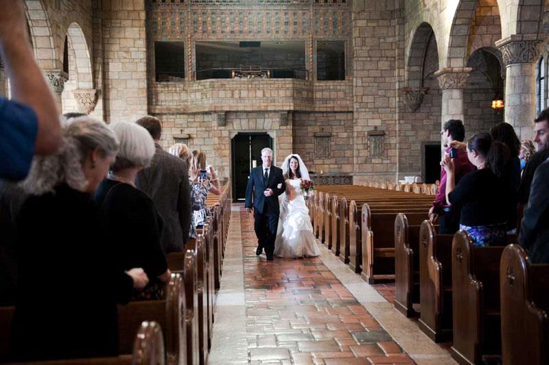 Pourquoi nous avons choisi de nous marier à l'église