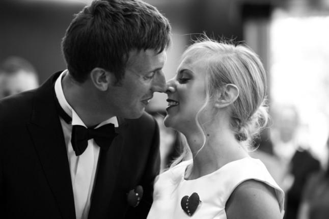 mariage rouge blanc photo couple