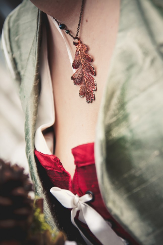 collier feuille de chêne