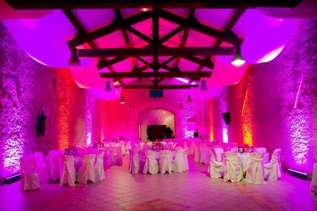 salle lumière rose