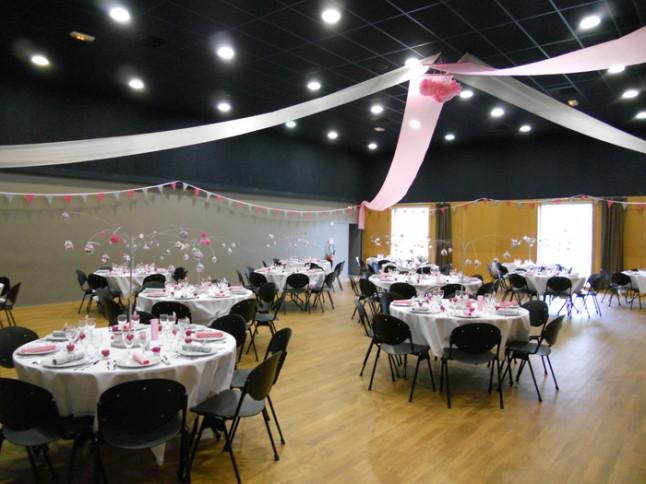 mariage rose et gris déco salle
