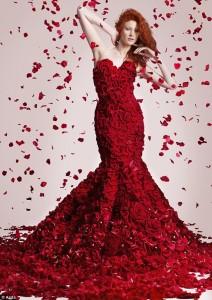 robe en roses rouges