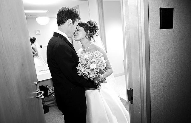 moment seuls entre mariés