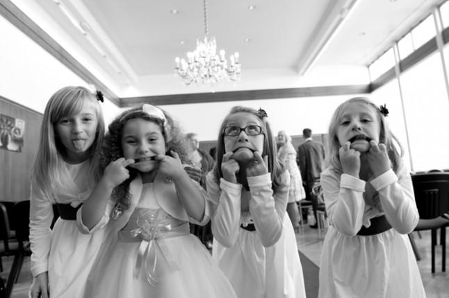 mariage Abbaye de Collonges thème oiseau filles d'honneur