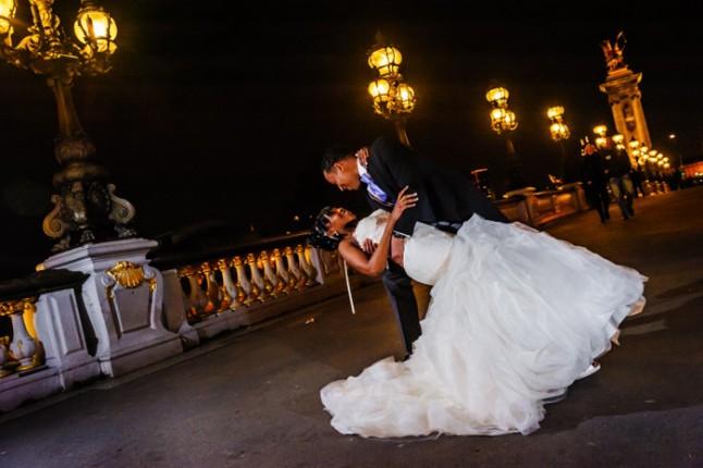 mariage paris péniche photos couple seine