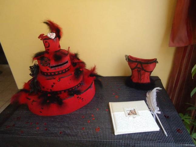 mariage theme cabaret années 20 urne
