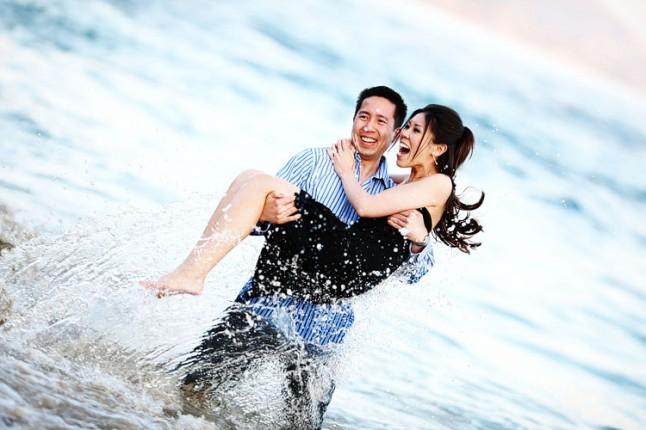 photos d'engagement dans les vagues