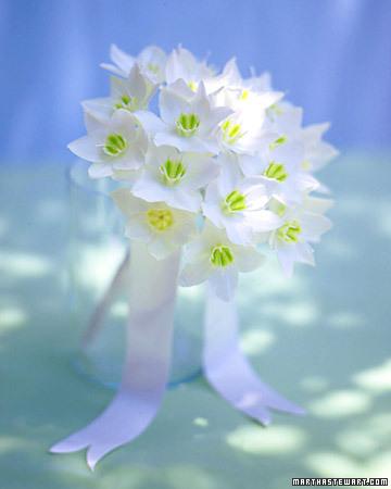 Bouquet blanc simple et aérien
