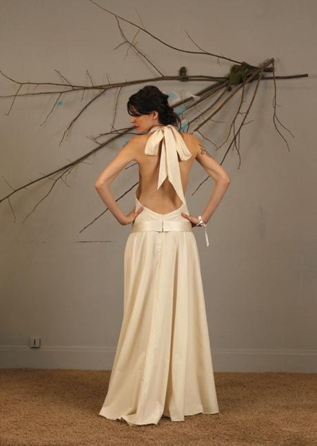 La mariée côté verso ! Des robes au dos-nu vertigineux ou plus sage…