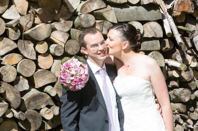 mariage couleur rose photo de couple