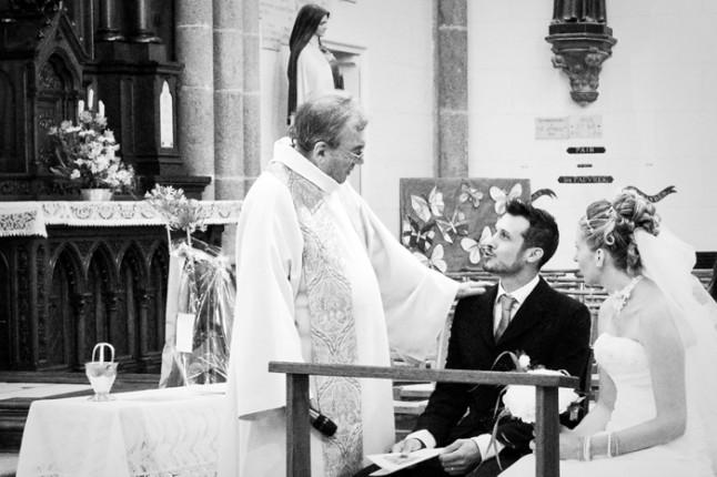 mariage St Méloir des Ondes Bretagne prêtre