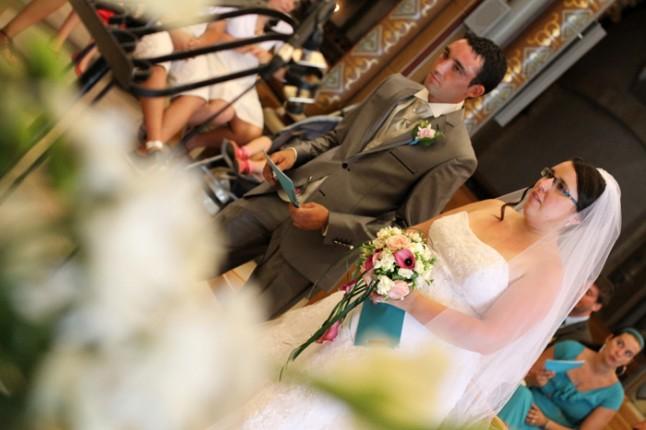 mariage lot et garonne turquoise et fushia église
