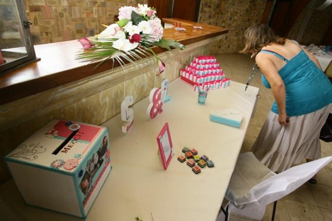 mariage lot et garonne turquoise et fushia urne