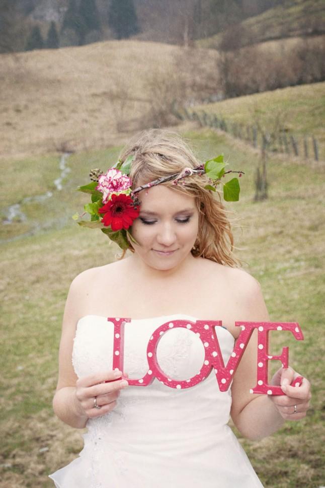 Shooting photo mariées pique-nique LOVE