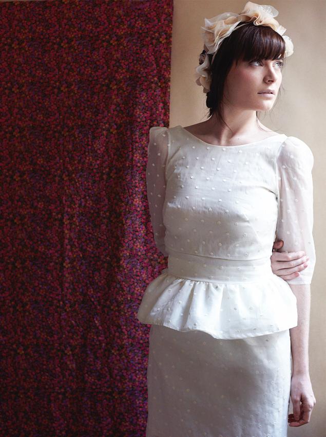 Conseils pour une coiffure en harmonie avec sa robe de for Comment faire la robe de mariage cupcake