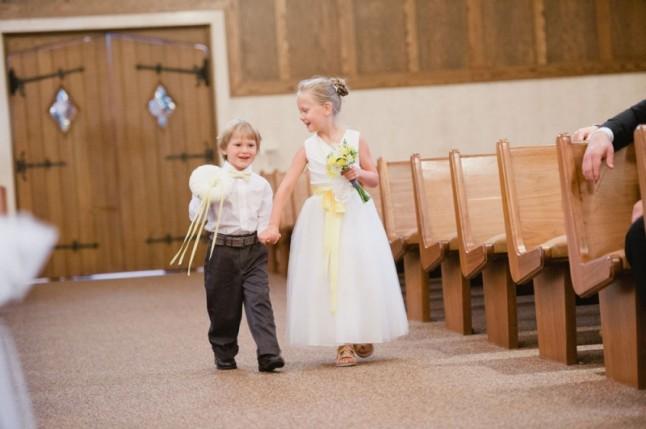 enfants d'honneur entrée église