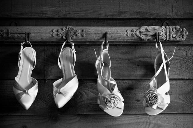 2 paires de chaussures de mariée